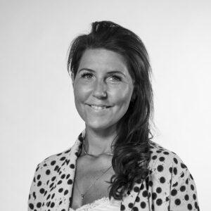 Camilla Straus